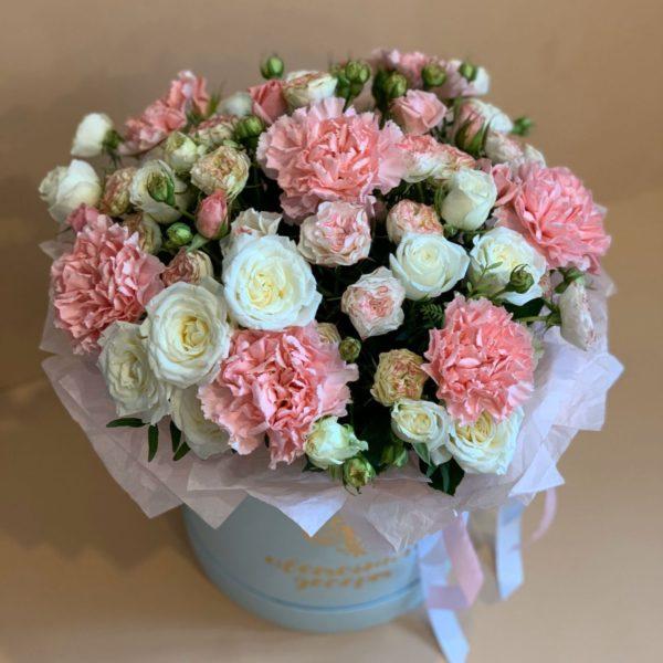шляпная коробка с цветами в Красноярске