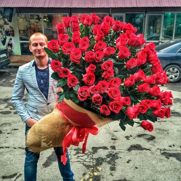 высокие красные розы Красноярск