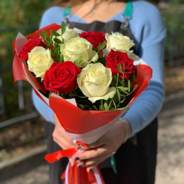 белые розы Красноярск